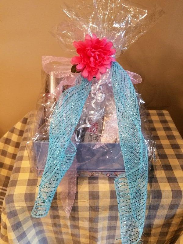 Salon Cachet Gift Basket